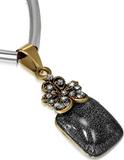 Svart Smycke med Grått Fyrkantigt Hänge och Gnistr