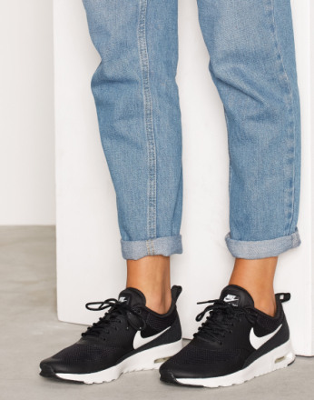 Low Top - Svart/Hvit Nike Air Max Thea