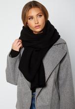 Lojsan Wallin x BUBBLEROOM Chunky knitted scarf Black One size