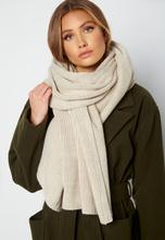 Lojsan Wallin x BUBBLEROOM Chunky knitted scarf Cream One size