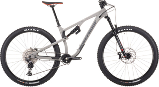 Nukeproof Reactor 290 Comp Alloy Bike (Deore - 2021) - Fuldaffjedrede mountainbikes