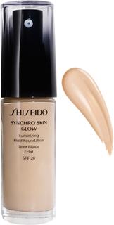 Shiseido Synchro Skin Glow Luminizing Fluid Foundation, 30 ml Shiseido Foundation