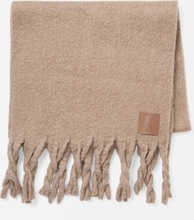 Stickad scarf LOU