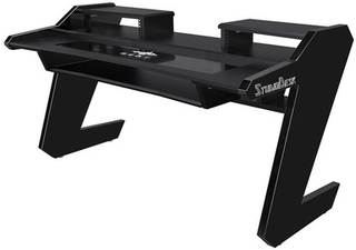 Studio Desk Beat Desk All Black