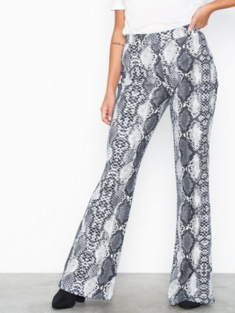 NLY Trend Snake Show Pants Byxor