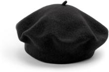 Baskerhue 100% ren ny uld Fra Seeberger sort