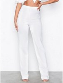 NLY One Straight Crepe Pant Byxor