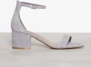 Steve Madden Irenee Sandal Low Heel Grey