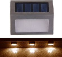 Aurinkoenergia lamppu kaiteeseen / portaisiin
