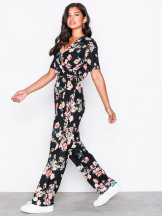 Jumpsuits - Blomstrete NLY Trend Playful Jumpsuit