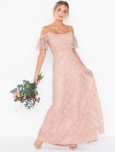 NLY Eve Dream Off Shoulder Lace Gown Maxiklänningar Ljus Rosa