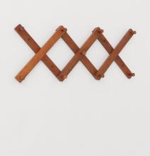H & M - Uttrekkbar knaggrekke i tre - Beige