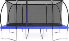 Rektangulär studsmatta med säkerhetsnät