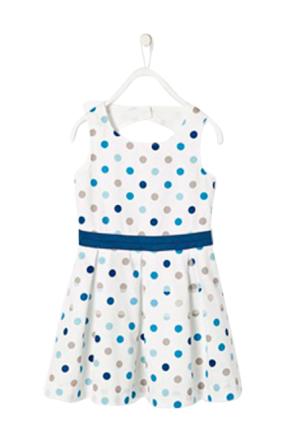 Kort, ärmlös klänning