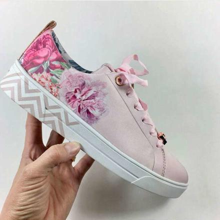 Ted Baker Kelleit Blommig sneaker Rosa