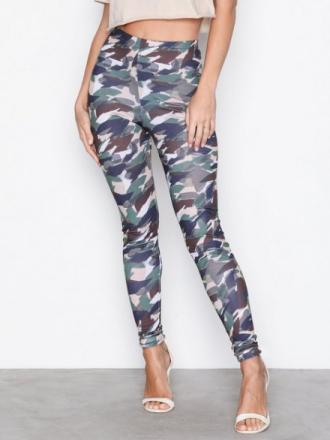 NLY Trend Camo leggings