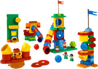 Lego Duplo Tubes Experiment