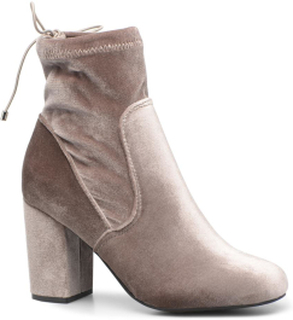 Lela boot by Vero Moda