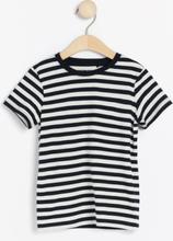 Raidallinen lyhythihainen t-paita