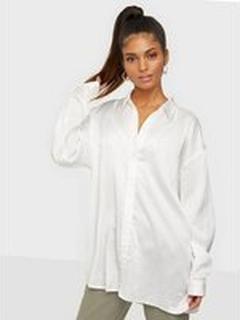 Missguided Basic Satin Shirt
