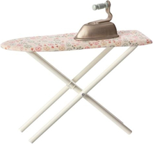 Maileg, Iron & Ironing board