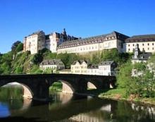 Dinner und Krimi-Show im Schloss Weilburg fuer 2