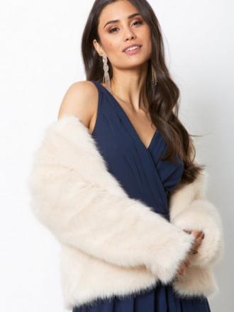 Dry Lake Cozy Short Jacket Faux Fur White