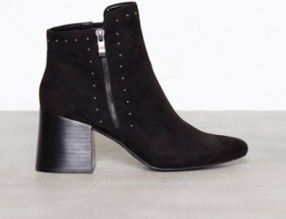 Bianco Ankle Boot With Details Heel