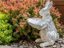 Beliani Trädgårdsfigur vit KAMO
