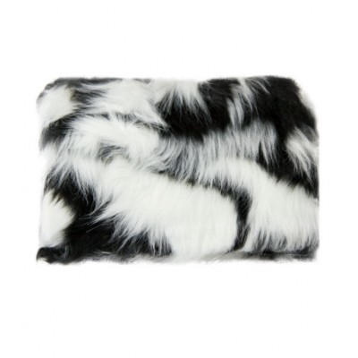 W7 Large Furry Cosmetic Bag Black & White 1 stk