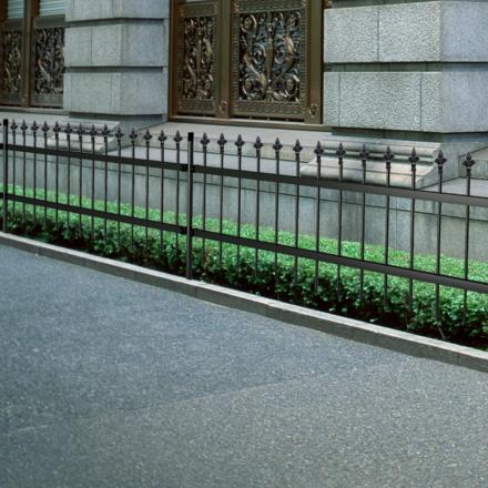 vidaXL Ornamental Sikkerhed Palisade Stål Hegn med Spidst Top Sort 60 cm