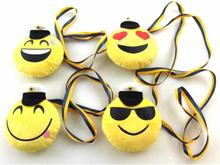 Victoria's Design Emoji Skrattande Smiley Student med band