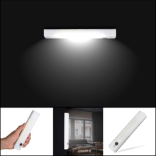 LED-seinävalaisin / vaatekaapin valaisin - Itsekiinnittyvä