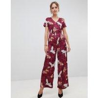 Liquorish - Blom- och fågelmönstrad jumpsuit med vida ben - Rött mönster