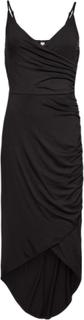 Lång aftonklänning med smala axelband