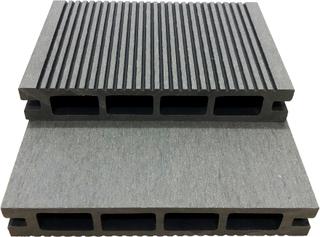 Komposittrall | 459kr/m² | 2,8m x 14,6cm | Ljusgrå