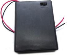 Batterihållare med strömbrytare, för 4 st AAA batterier.