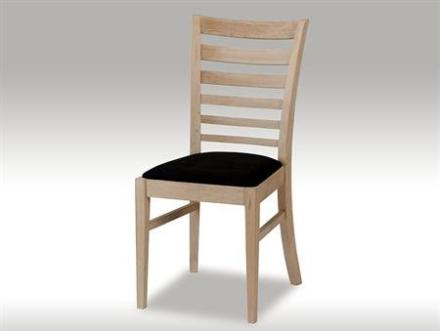 Jannie stol i egetræ med sort sæde - 3 tilbage