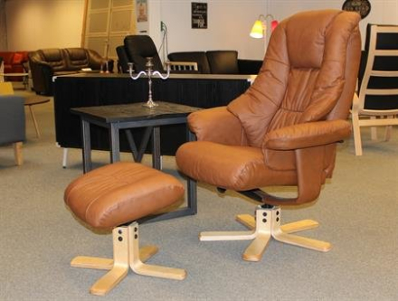 Comfort lænestol i cognacfarvet læder