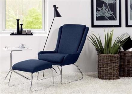 Kristin moderne lænestol med skammel - LET