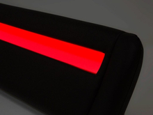 Beliani Dubbelsäng med LED belysning 180 x 200 cm svart AVIGNON