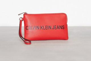 Calvin Klein Jeans Sculpted Mini Wristlet Kuvertväskor Scarlett