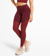 Chrystie Shiny Tight, Maroon