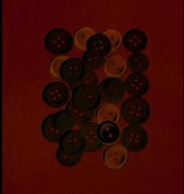 Knappar 10 - 15 mm - vit / transparent 40 g vit