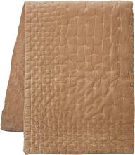 Paolo päiväpeitto 260x270 cm Kamelinruskea