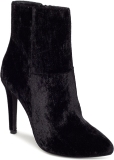 Classic Stiletto Boot Shoes Boots Ankle Boots Ankle Boots With Heel Svart BIANCO