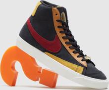 Nike Blazer Mid 77 QS Women's, svart