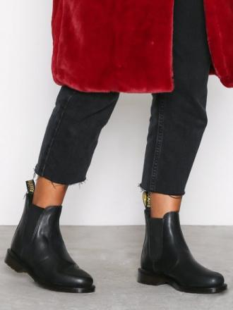 Flat - Svart Dr Martens Laura Chelsea Boot