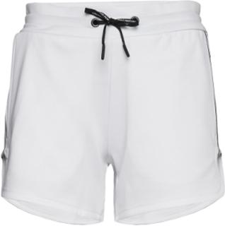 W Tech Club Shorts Shorts Flowy Shorts/Casual Shorts Hvit Peak Performance