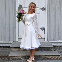 6161902daffd Brudklänning 50-tal Jenny, vit spets